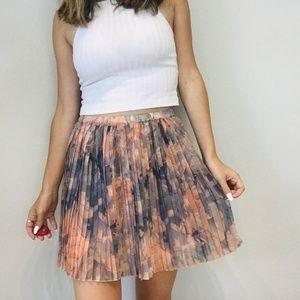 BCBG pink pleated mini skirt